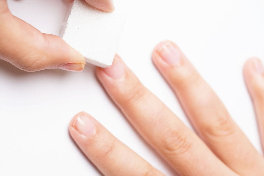 What Is Gel Manicure and How To Do It At Home?