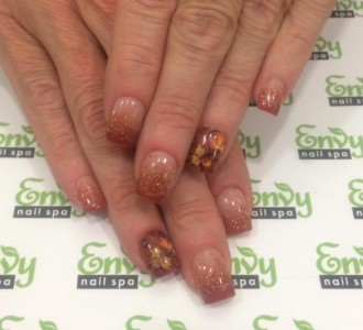 autumn,seasonal nail design